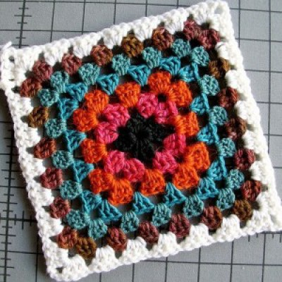 Crochet: A Beginner's Guide with Maria
