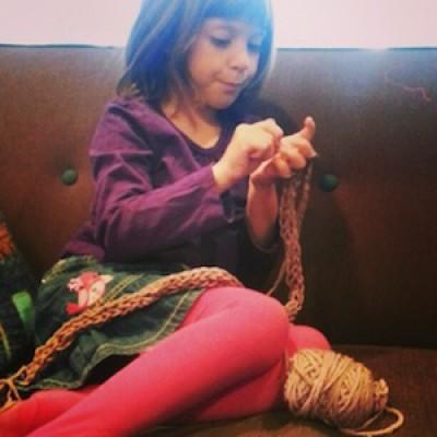 Finger Knitting: Unplugged