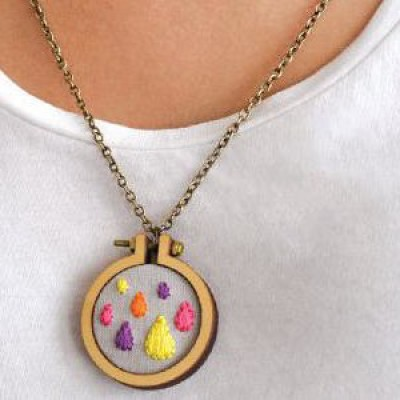 Embroider a Cute Necklace