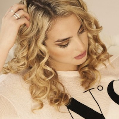 Hair Styling: Express Curls