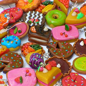 Lots of mini cakes made out of polymer clay