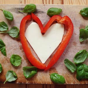 Capsicum and mozzarella in the shape of a heart.