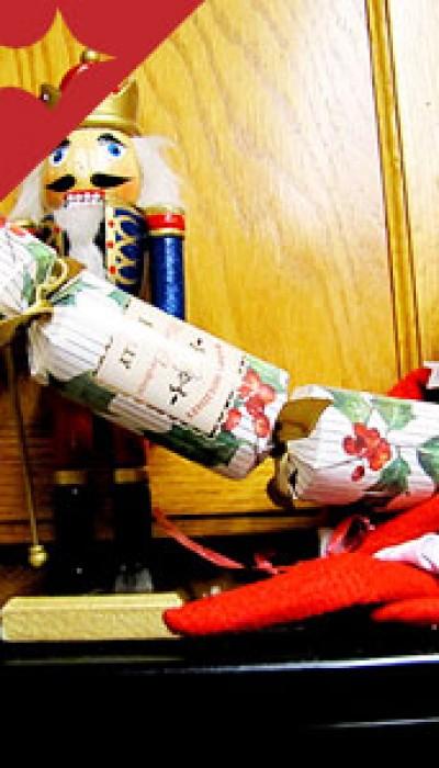DIY Christmas Bon Bons: Go Crackers! with Erin