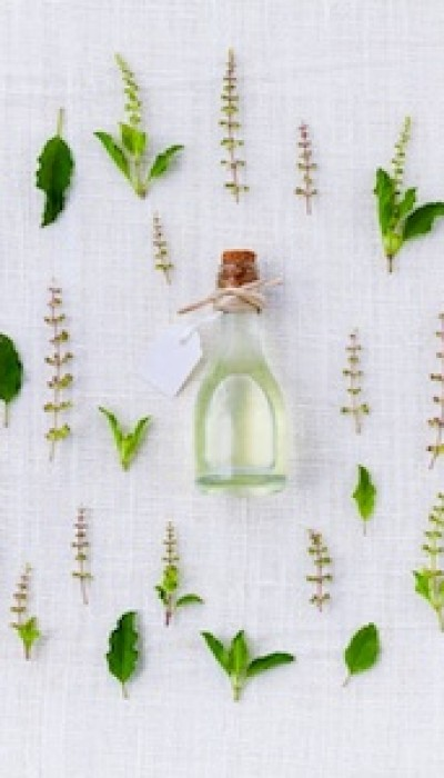 DIY Natural Perfume: Make A Signature Scent