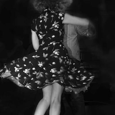 dancing honky tonk