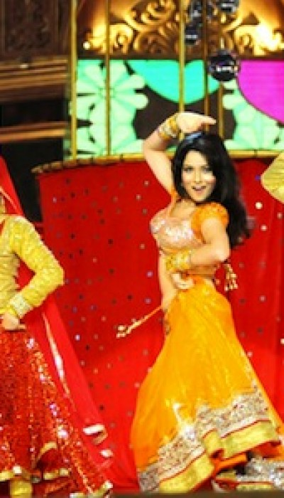 Bollywood Dance for Beginners with Joshinder ONLINE