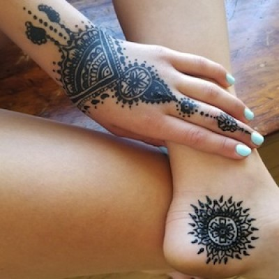 Learn The Art of Henna with Nazia