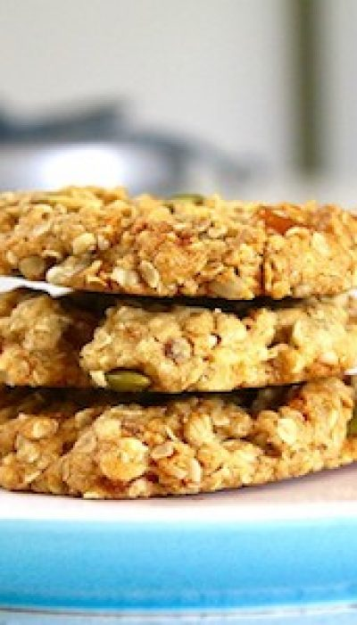 Baking Anzac Biscuits with with Simon ONLINE