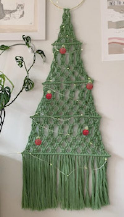 Macramé Christmas Tree with Maria