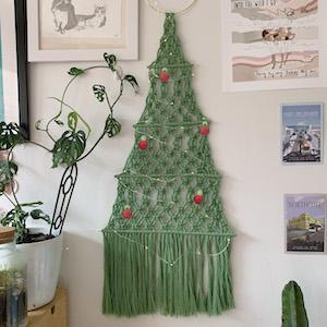 macrame xmas tree