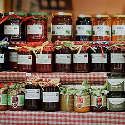 Stuff in Jars: Xmas Style Preserves with Jenny