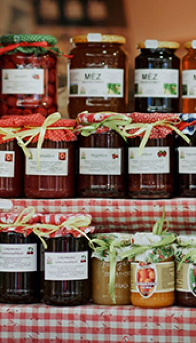 Sensational Gifts in Jars: Xmas preserves with Jenny